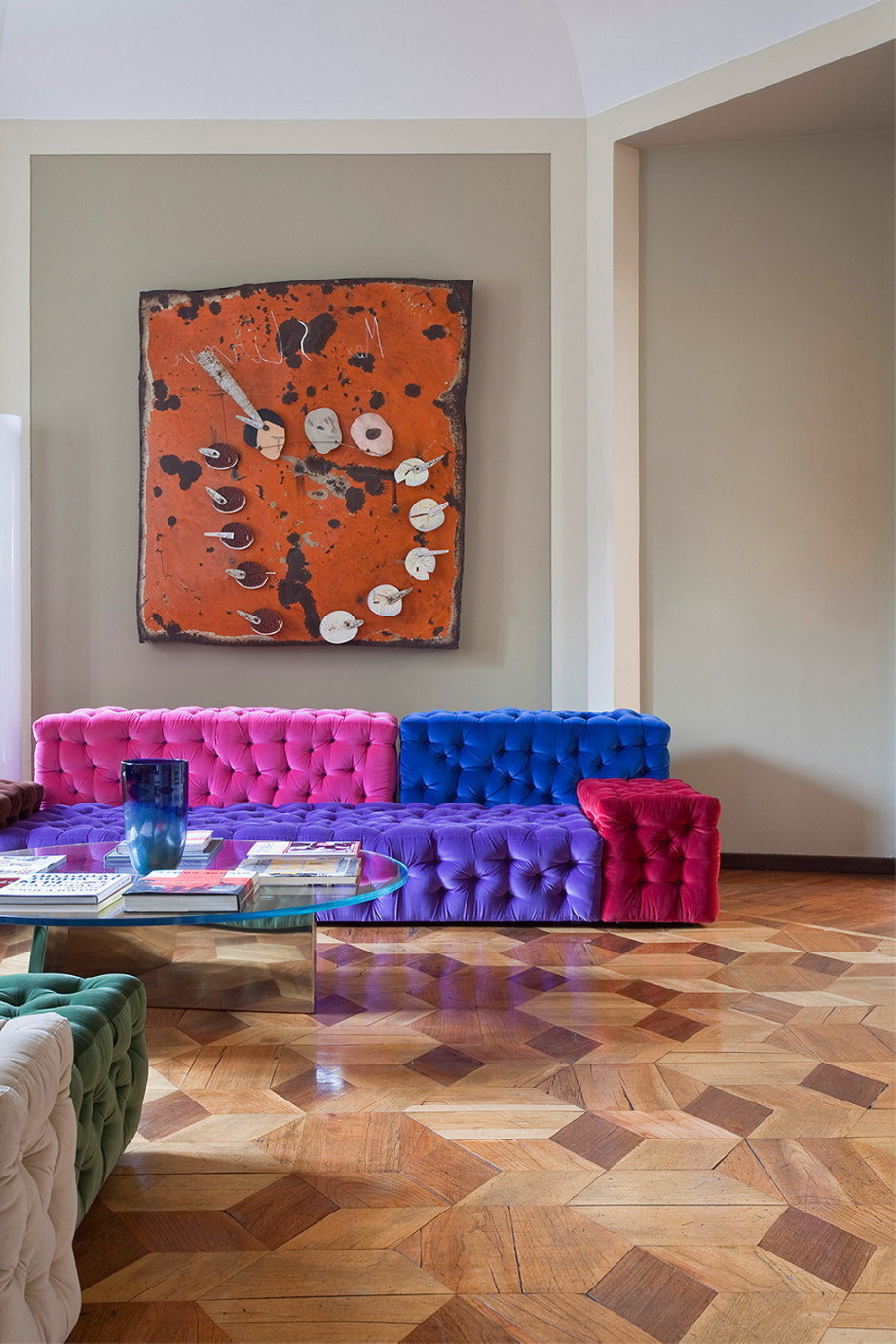 The modern apartment in Milan 2