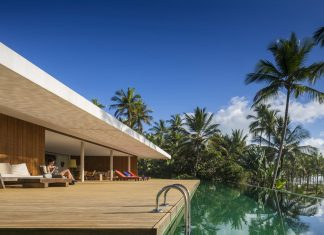 The residence in tropical style in Brazil