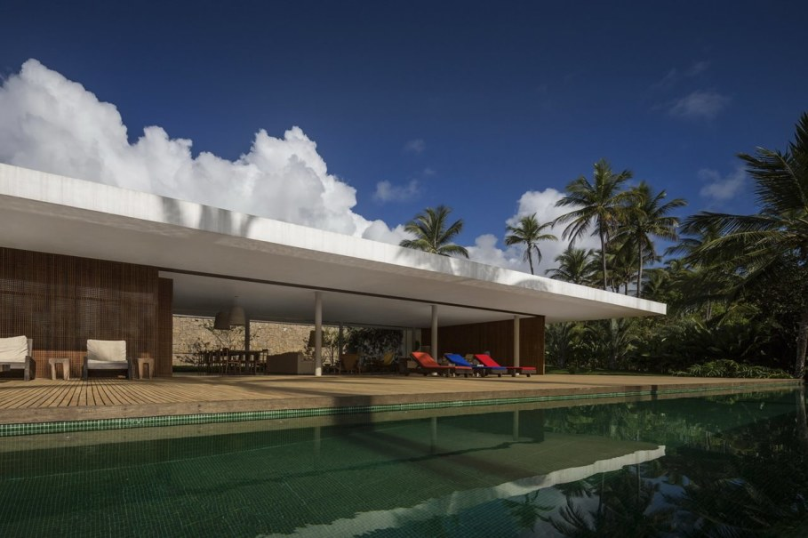 The residence in tropical style in Brazil - Swimming pool