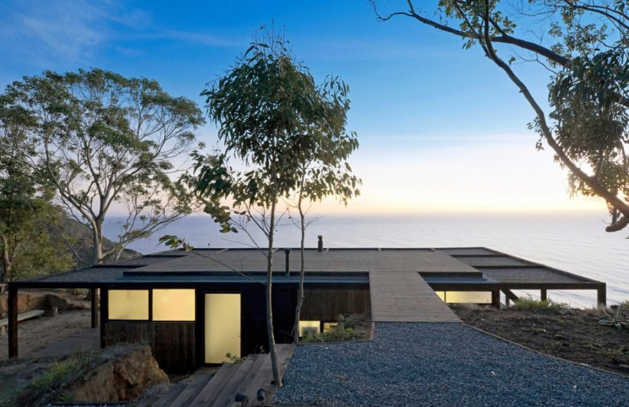 The residence on the rocky coast in Chile - Exterior 3