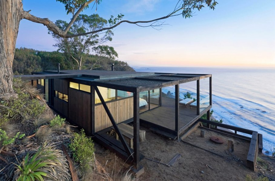 The residence on the rocky coast in Chile - Exterior 4