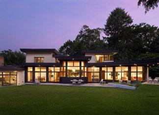 The restoration of the private residence in Chestnut Hill, Massachusetts