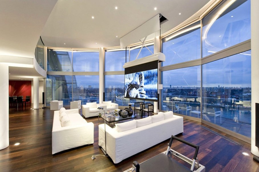 Two-Storey Penthouse Overlooking The Thames, London 1