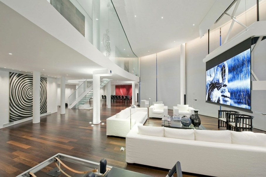 Two-Storey Penthouse Overlooking The Thames, London 3