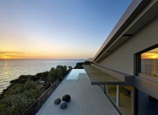 Two villas on the Aegean coast