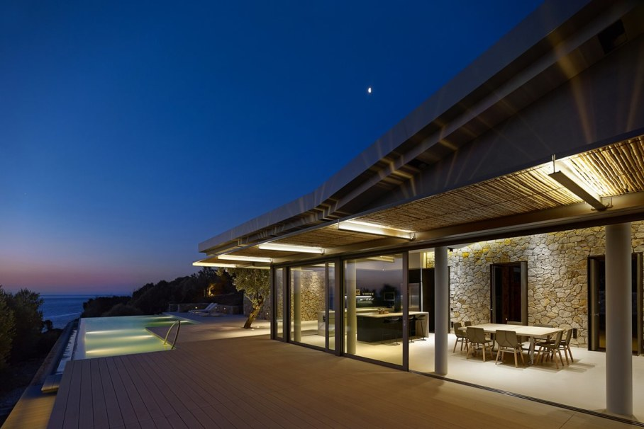 Two villas on the Aegean coast - Outdoor terrace - Night