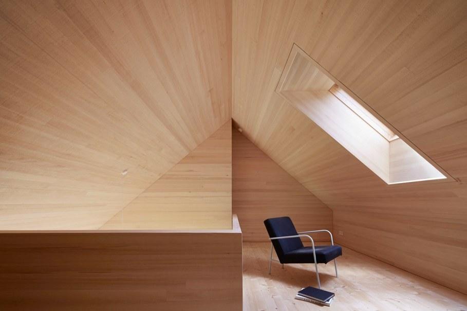 Wooden house by Innauer-Matt Architekten in Austria 12