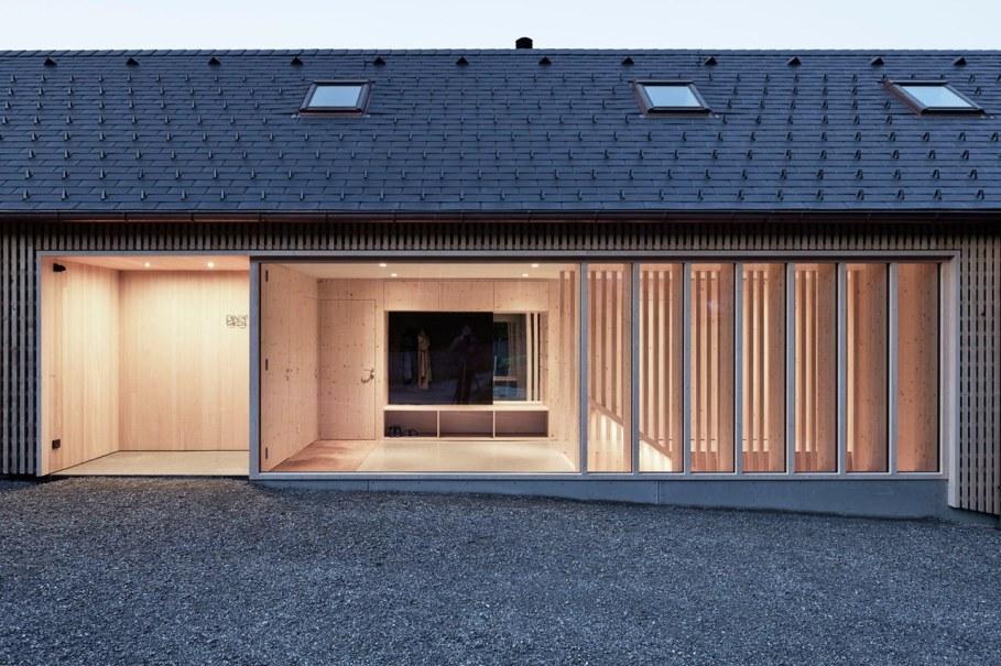 Wooden house by Innauer-Matt Architekten in Austria 13
