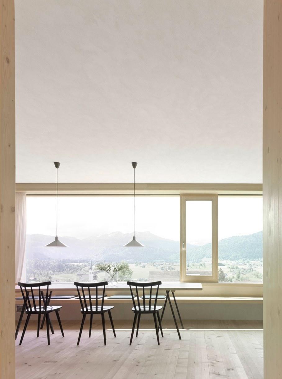 Wooden house by Innauer-Matt Architekten in Austria 6
