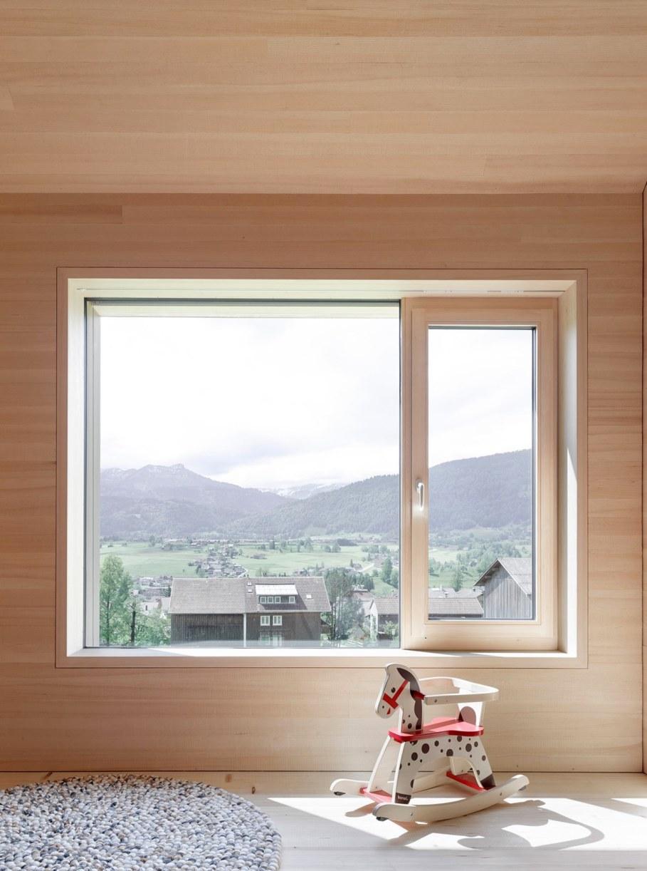 Wooden house by Innauer-Matt Architekten in Austria 9