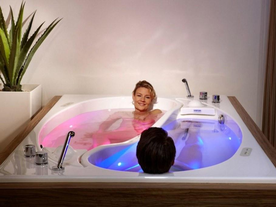 Yin-Yang-bathtub-2