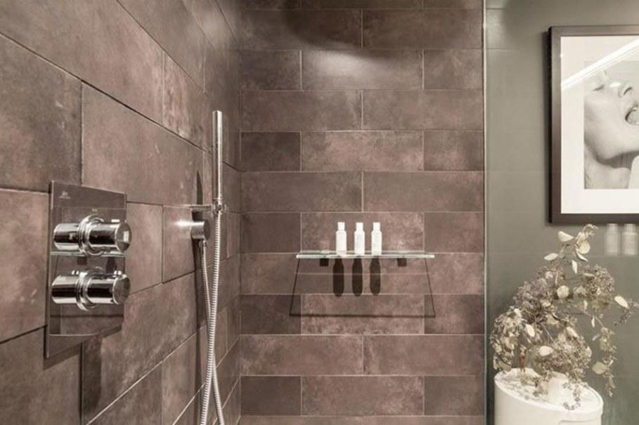 luxury apartments in New York bathroom 2