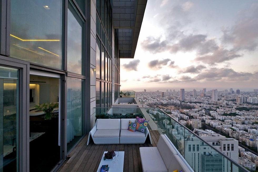 3-story penthouse Sky in Tel Aviv, Israel - Terrace