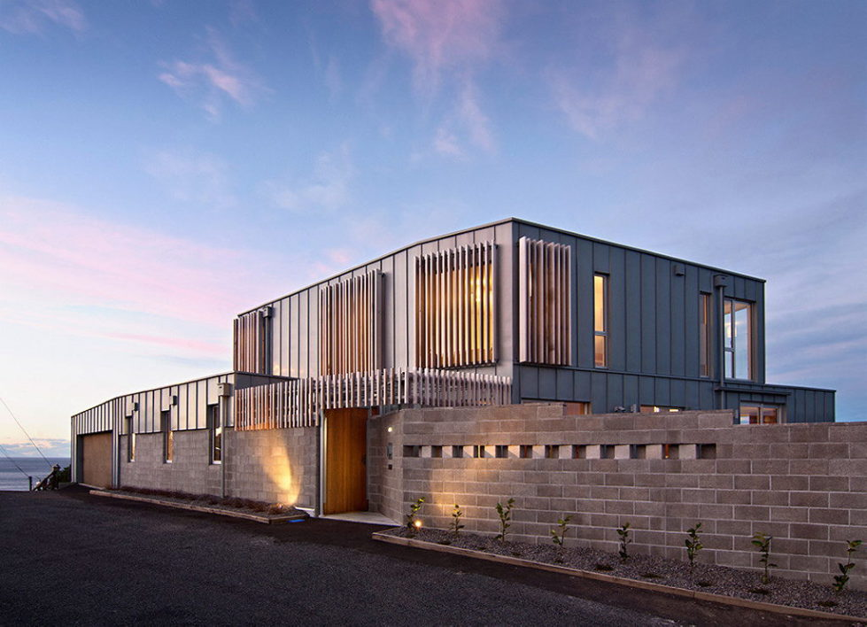 Cook Strait House In New Zealand From Tennent + Brown Architects 1