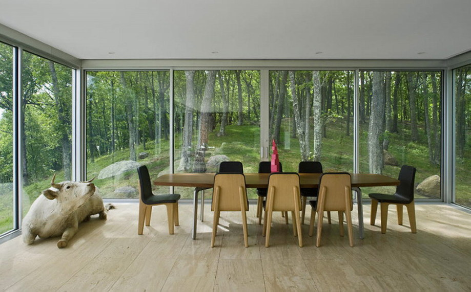 Glass Clearhouse by Stuart ParrDesign on the lake bank 5