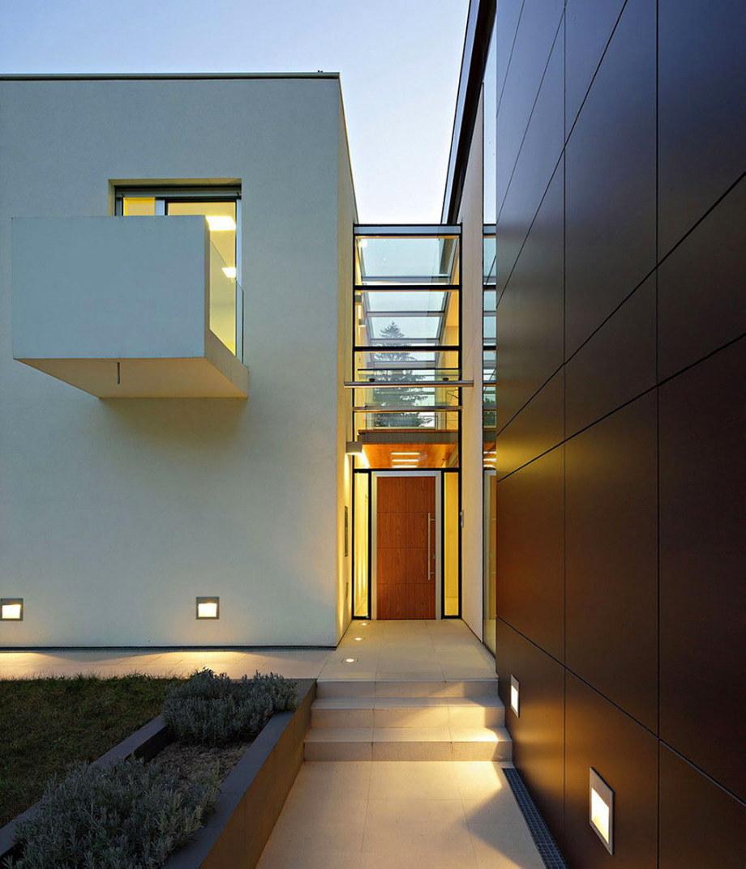 J20 is a modern and ergonomic project by DAR612 studio in Zagreb, Croatia 12