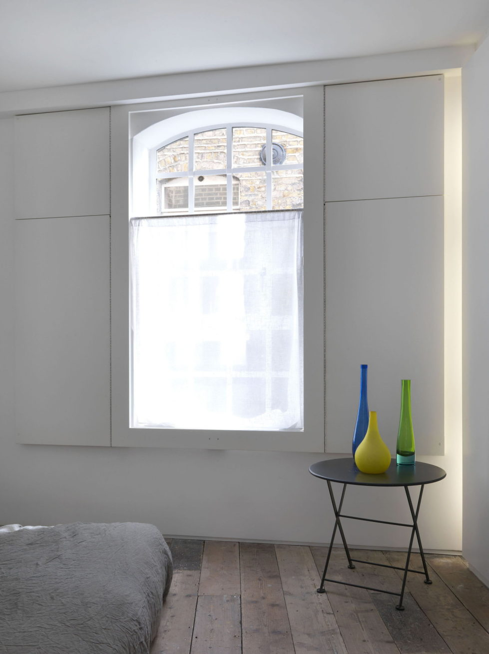 Loft - a warehouse in Bermondsey district - Bedroom decor