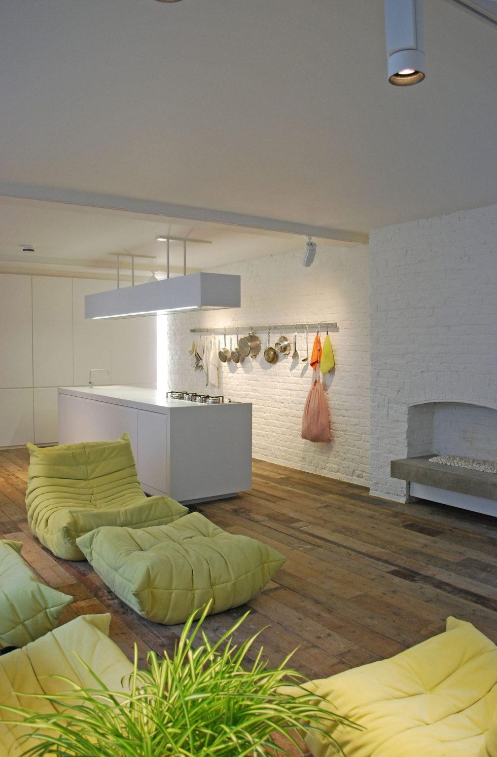 Loft - a warehouse in Bermondsey district - Fireplace