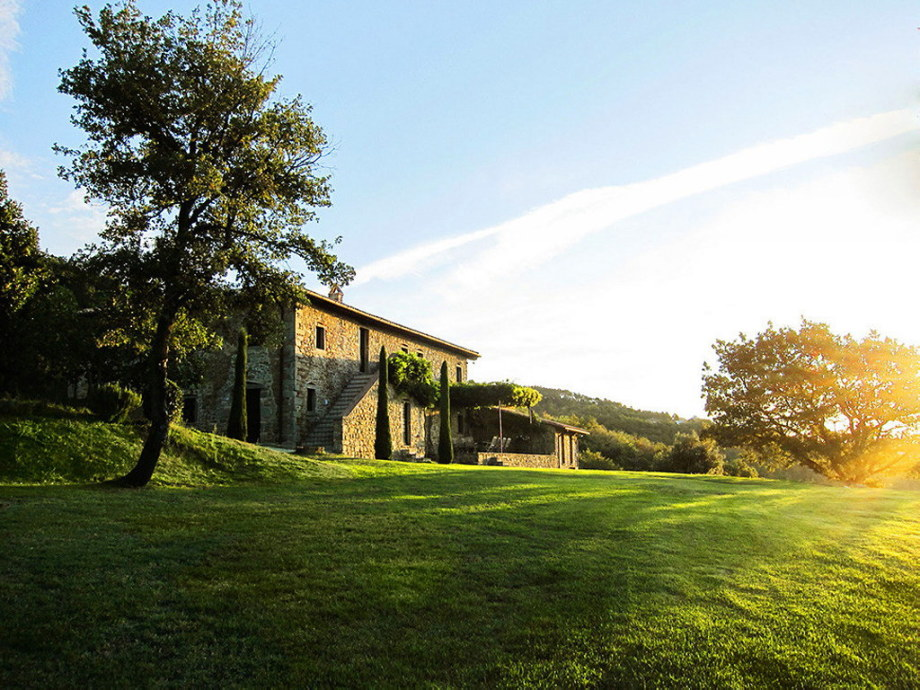 Medieval Villa With Modern Conveniences In Italy 1