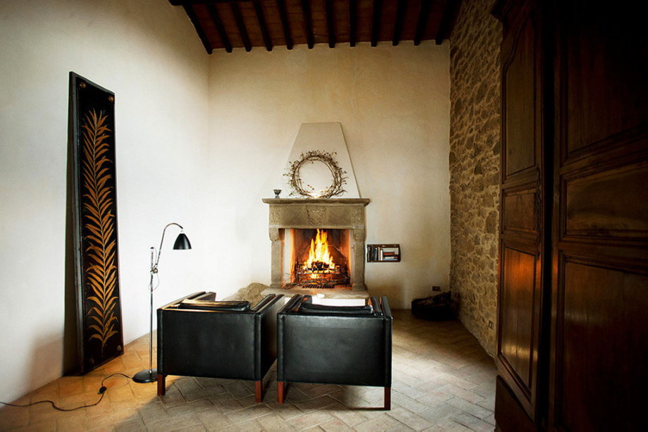 Medieval Villa With Modern Conveniences In Italy 15