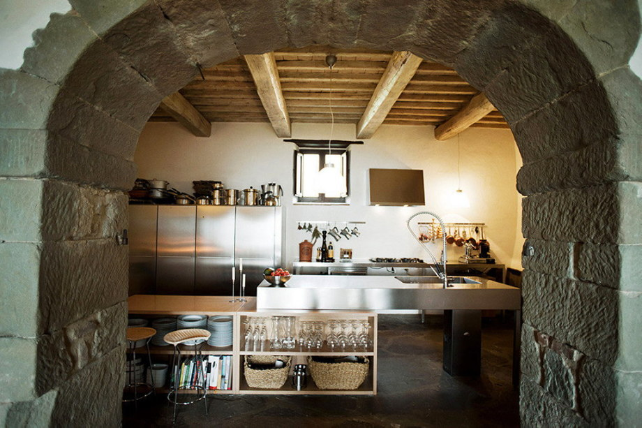 Medieval Villa With Modern Conveniences In Italy 17