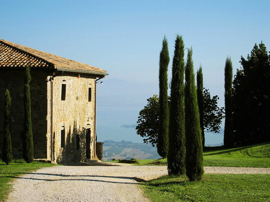 Medieval Villa With Modern Conveniences In Italy 2