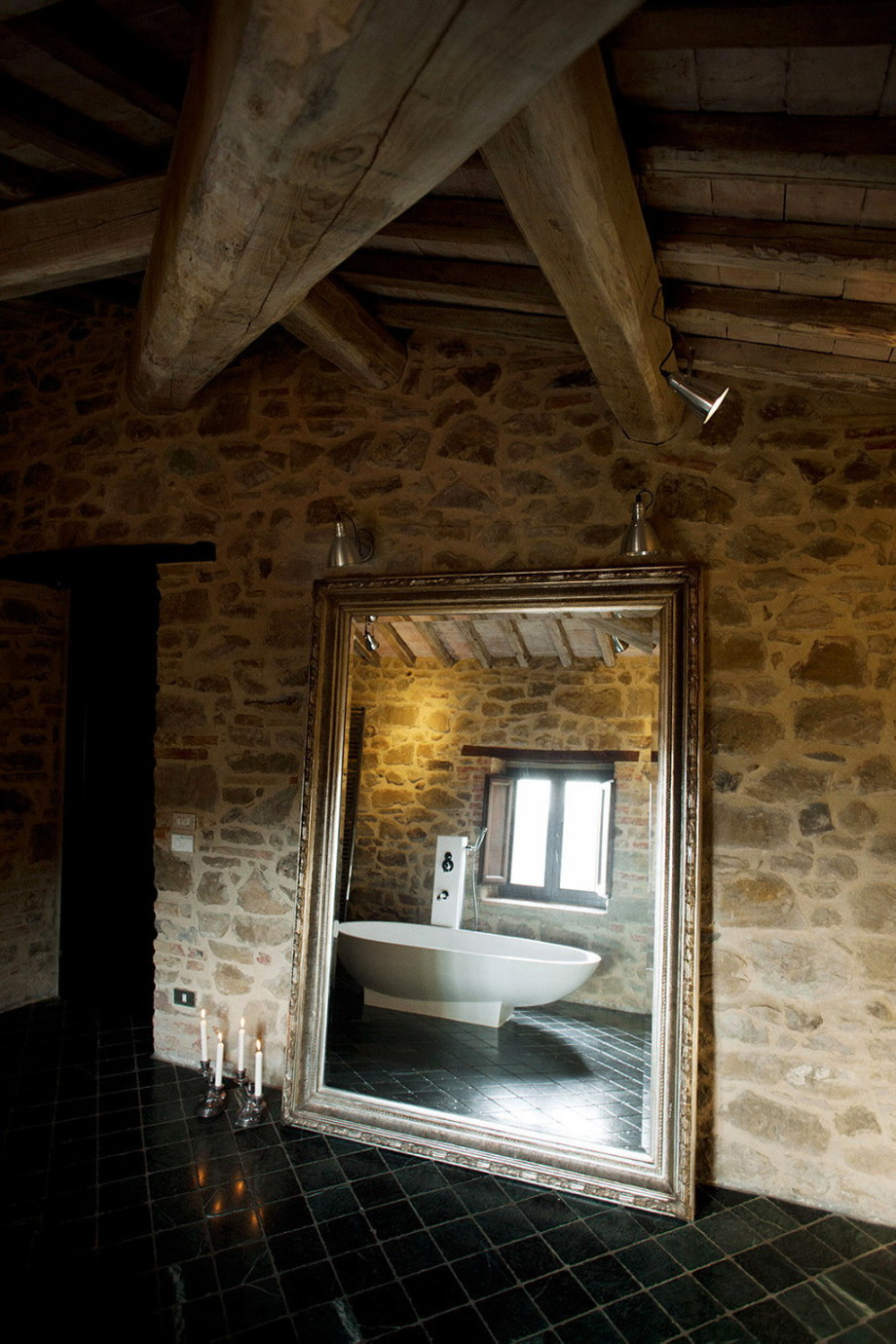Medieval Villa With Modern Conveniences In Italy 28