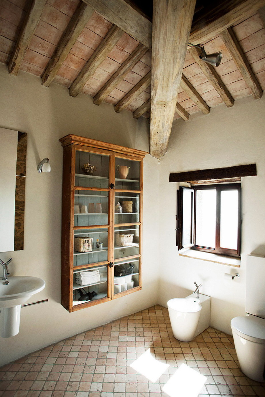 Medieval Villa With Modern Conveniences In Italy 29