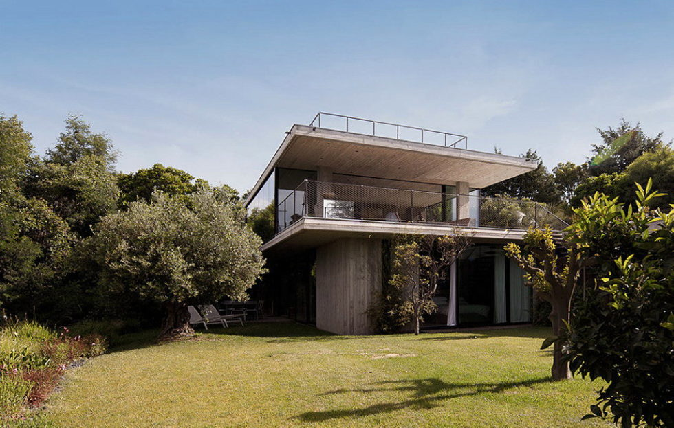 Modern House From Bumper Investments At Saint-Tropez Bay 2