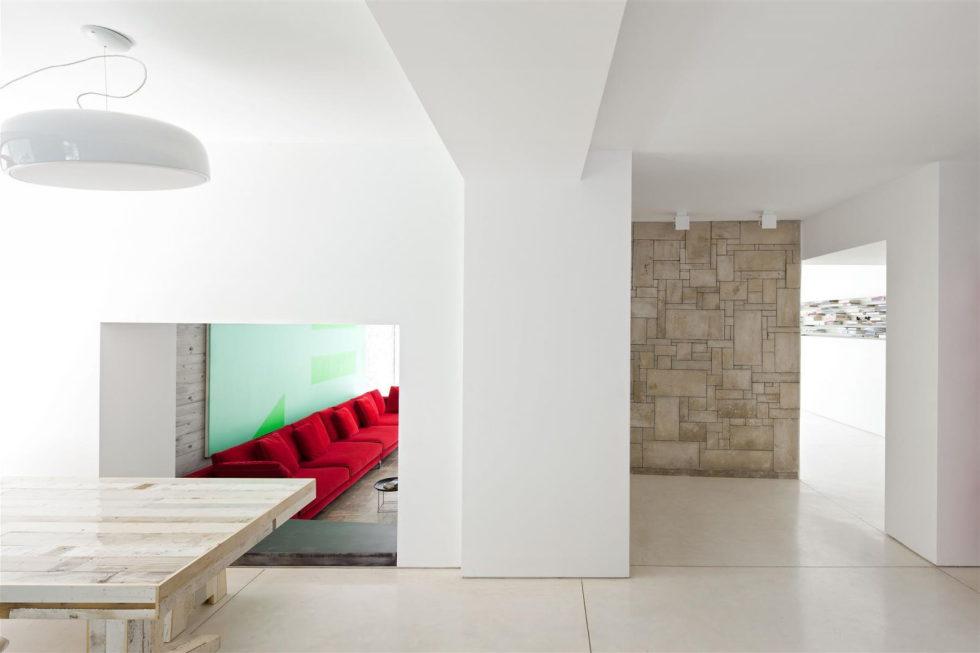 Modern Minimalistic Urban Villa in Tel Aviv 6
