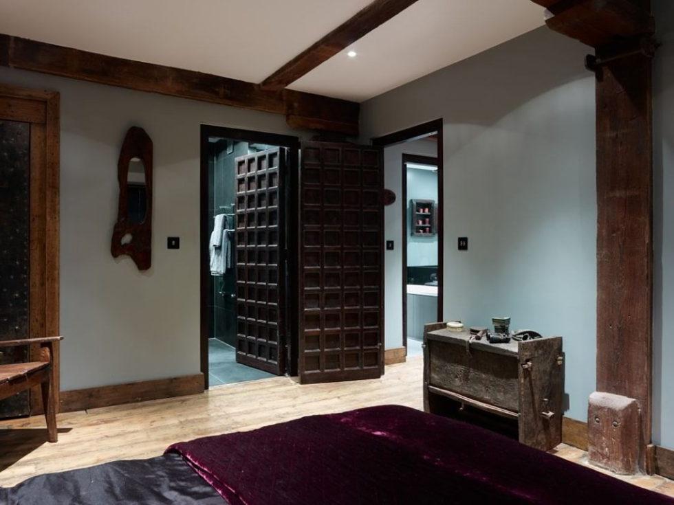 Old brick warehouse London bedroom