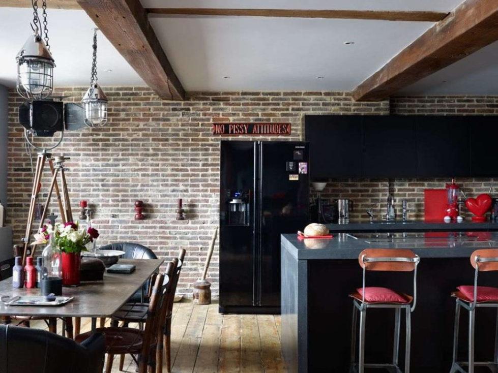 Old brick warehouse London kitchen dining room 2