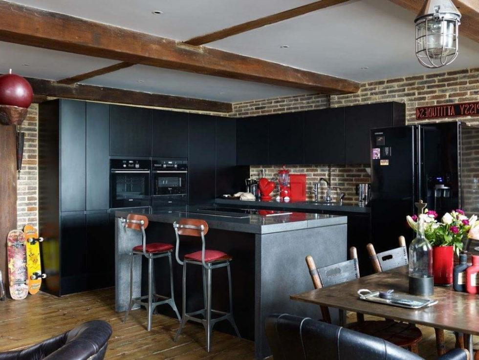 Old brick warehouse London kitchen island