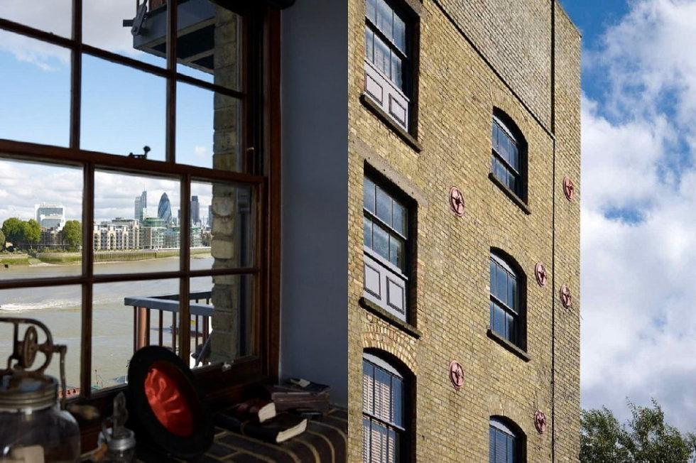 Old brick warehouse London views