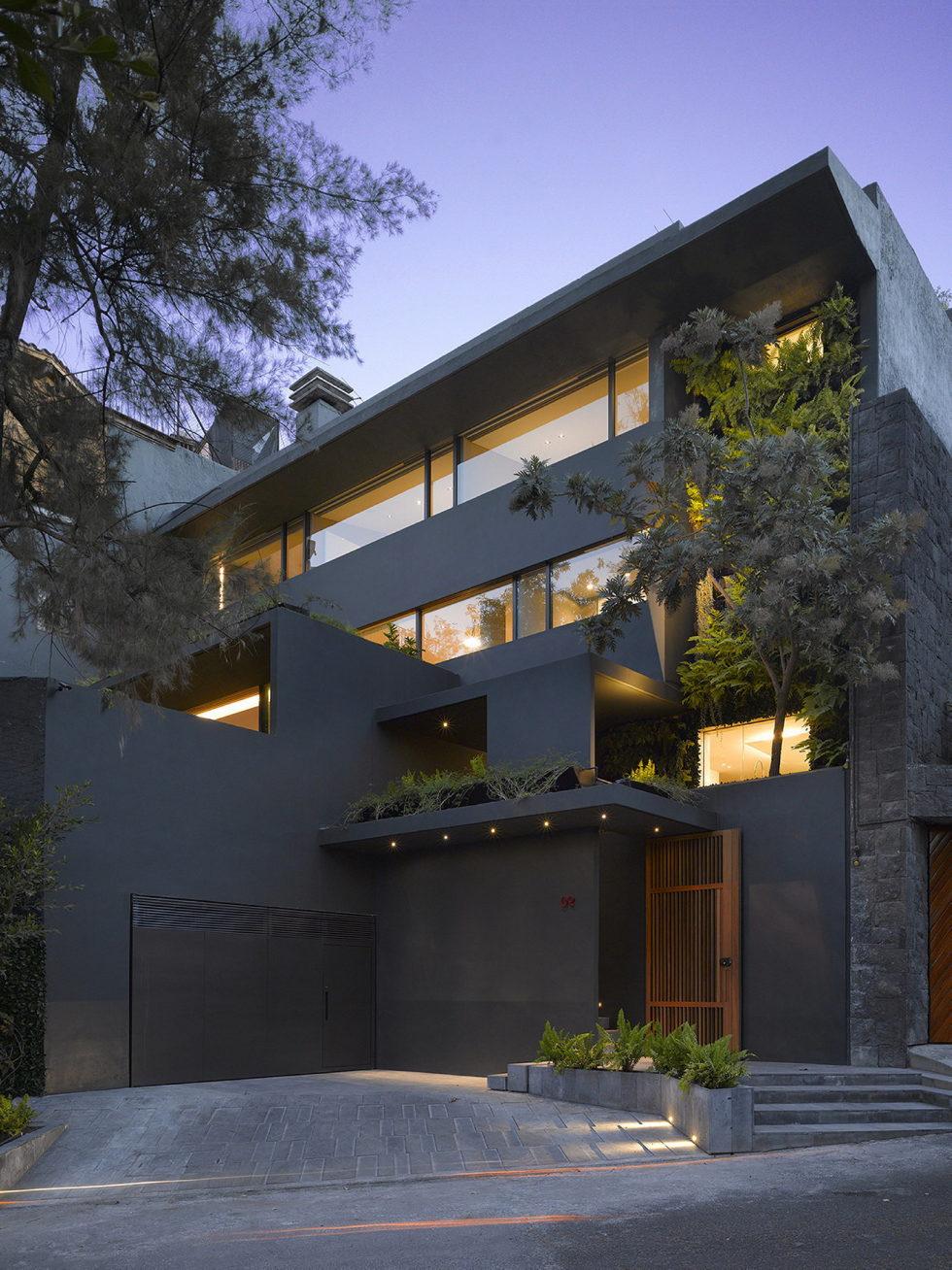 The Barrancas House In Mexico From EZEQUIELFARCA Studio 17