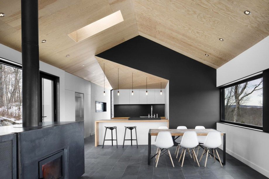 The Bolton house from Office Naturehumaine in Quebec 6