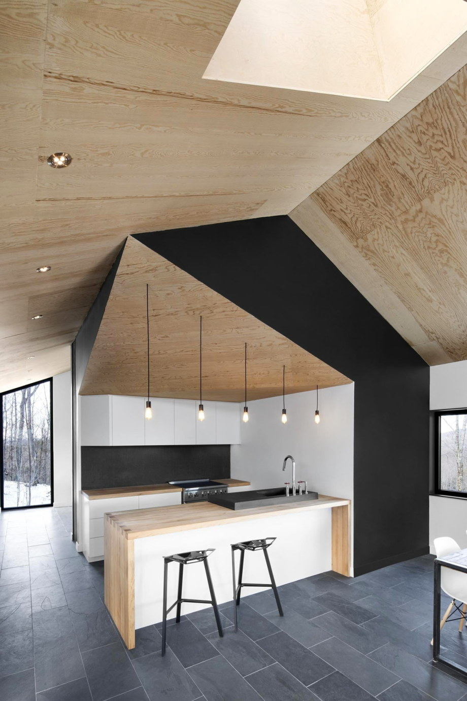 The Bolton house from Office Naturehumaine in Quebec 7