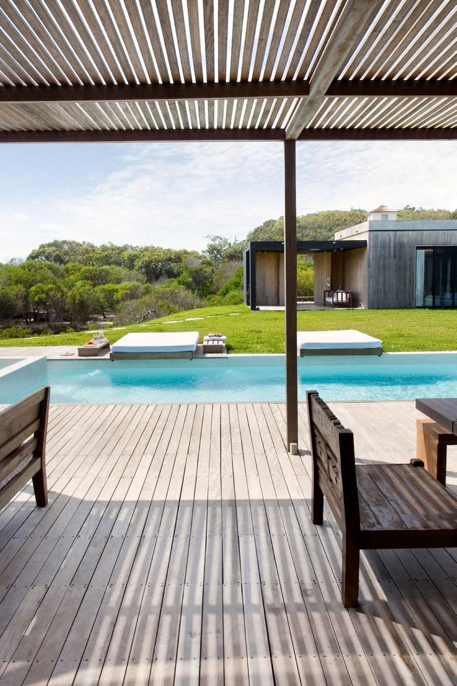 The beach house La Boyita Residence by Martin Gomez Arguitectos, Uruguay 10