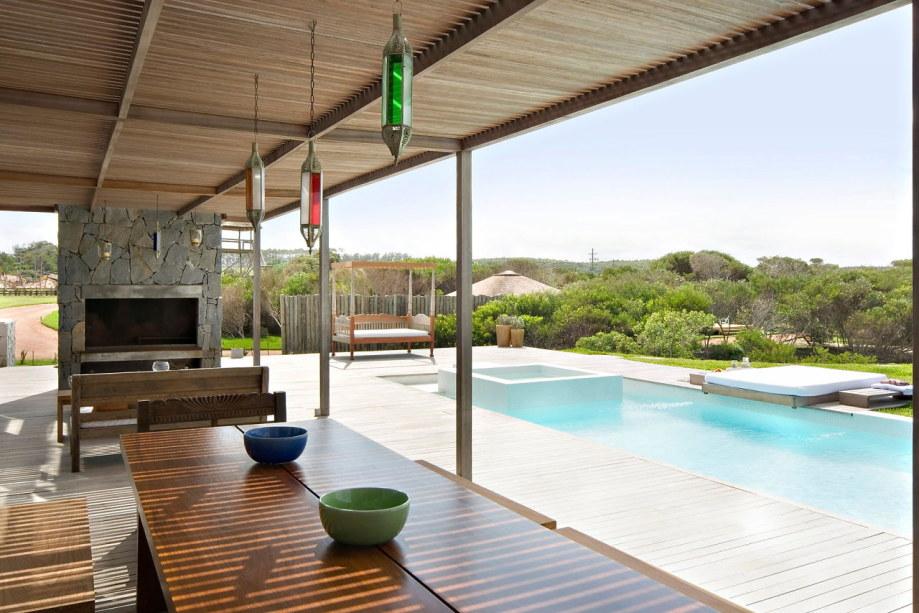 The beach house La Boyita Residence by Martin Gomez Arguitectos, Uruguay 11
