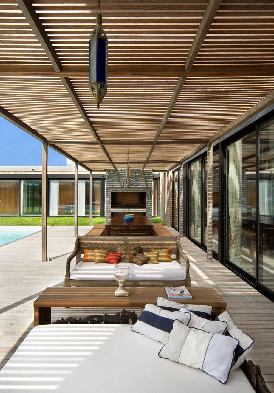 The beach house La Boyita Residence by Martin Gomez Arguitectos, Uruguay 13