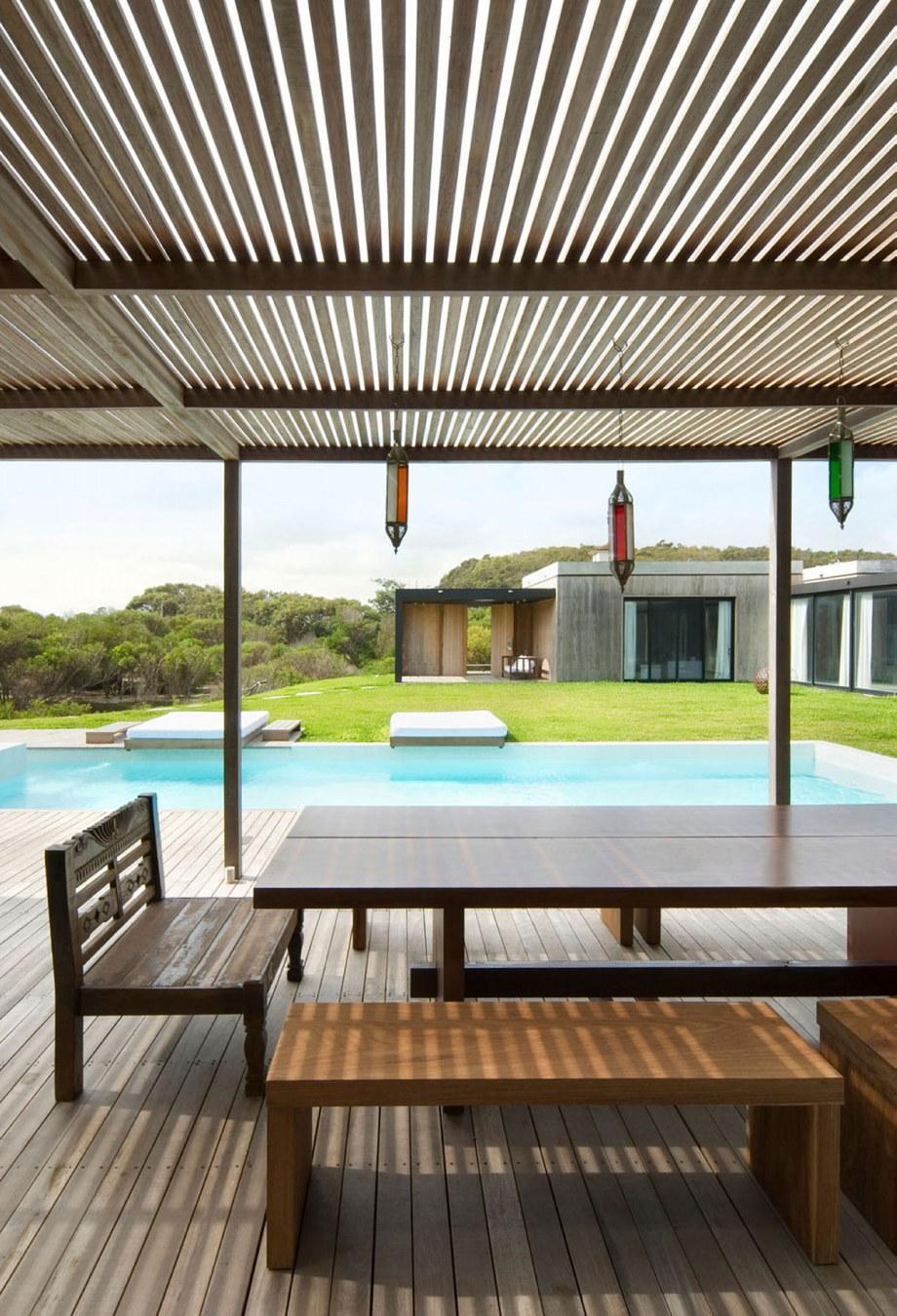 The beach house La Boyita Residence by Martin Gomez Arguitectos, Uruguay 14