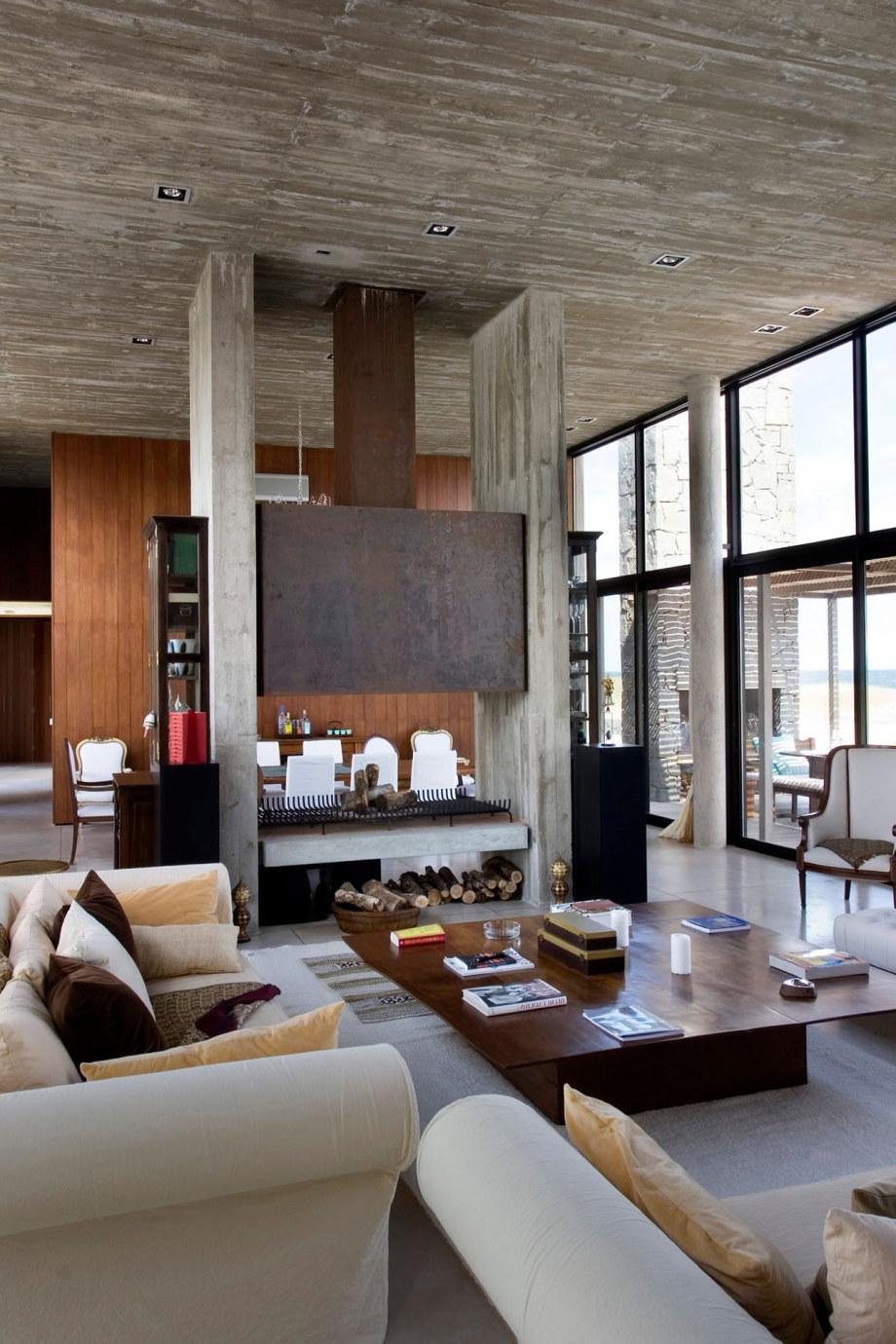 The beach house La Boyita Residence by Martin Gomez Arguitectos, Uruguay 17