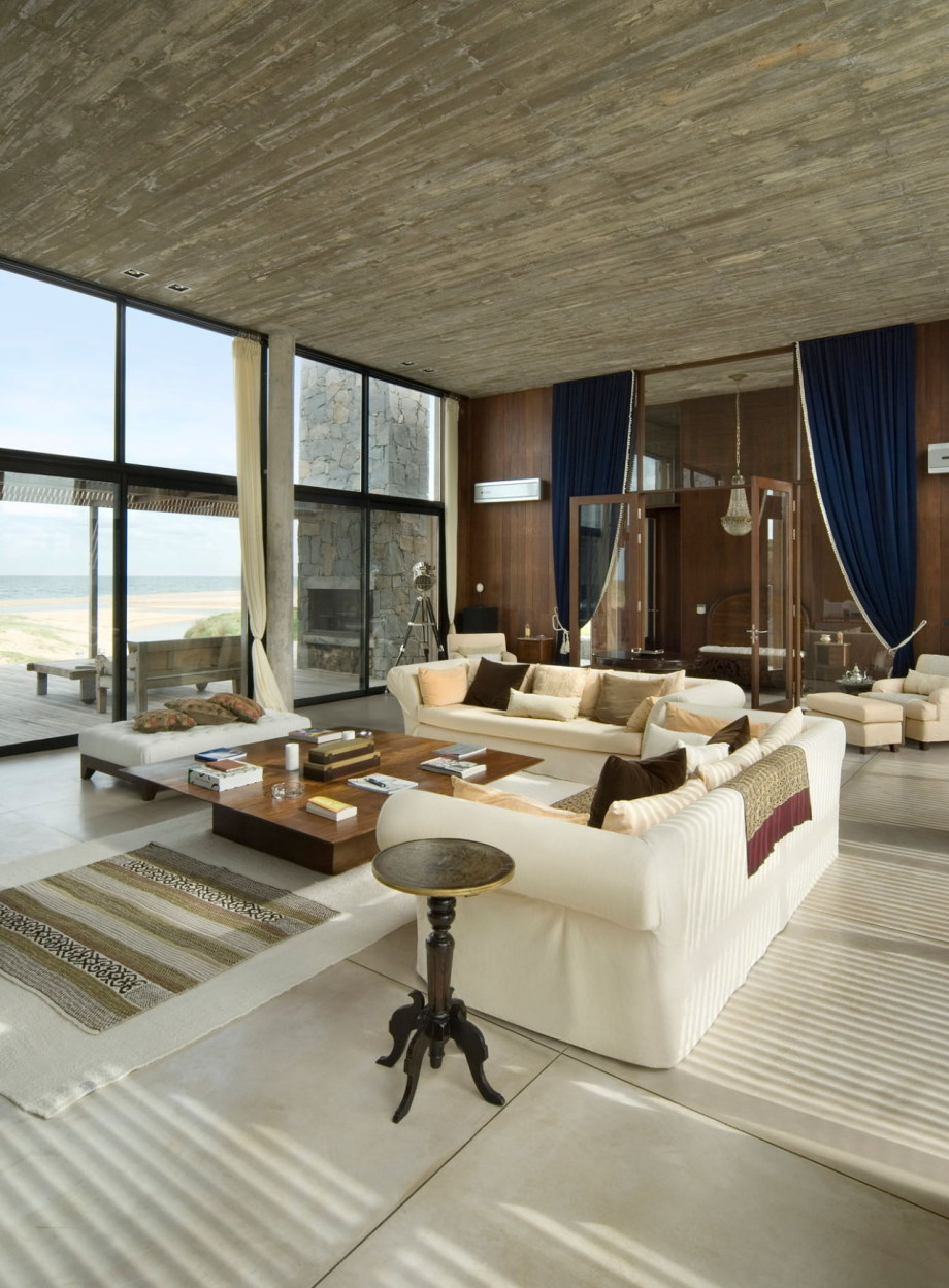 The beach house La Boyita Residence by Martin Gomez Arguitectos, Uruguay 24
