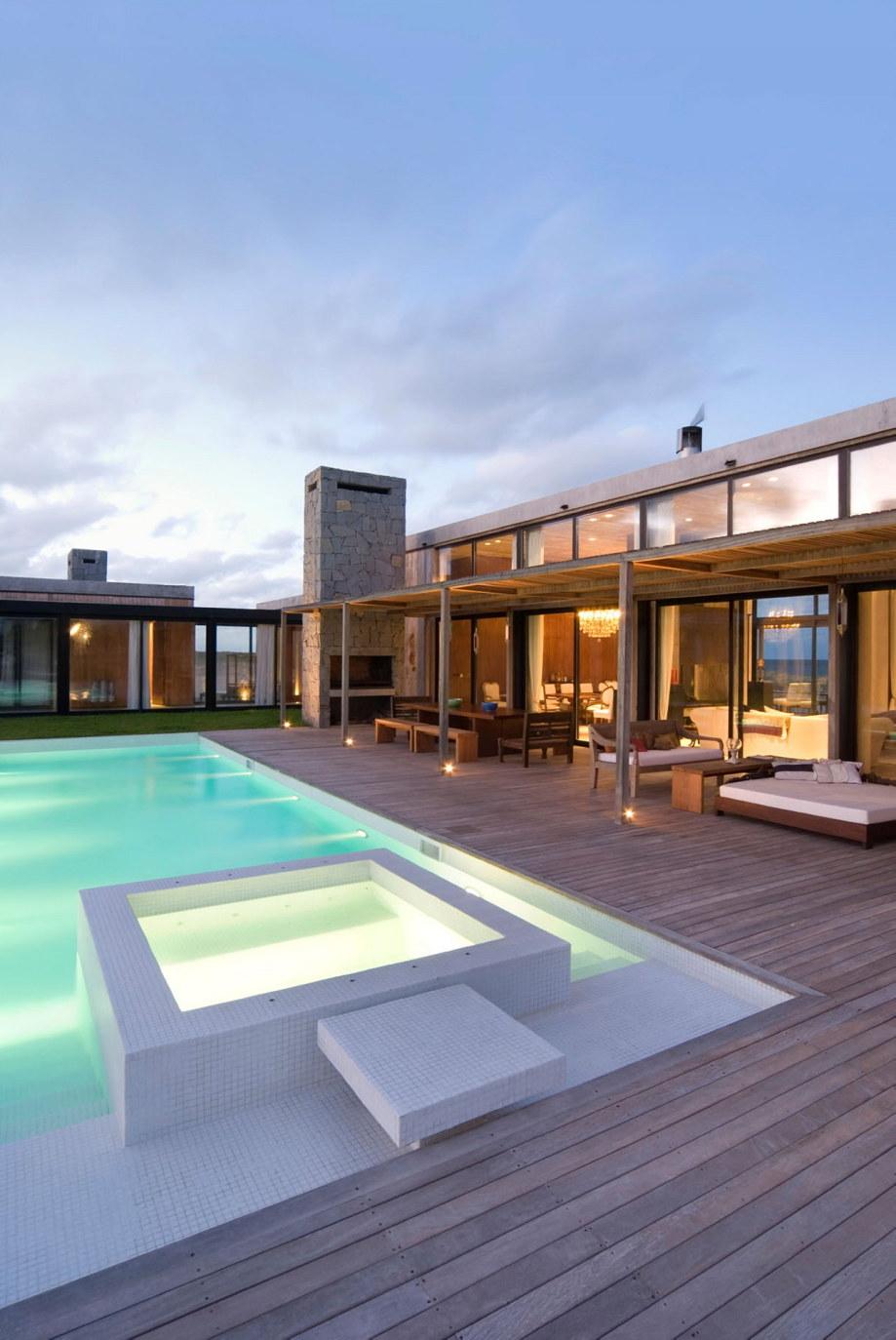 The beach house La Boyita Residence by Martin Gomez Arguitectos, Uruguay 32