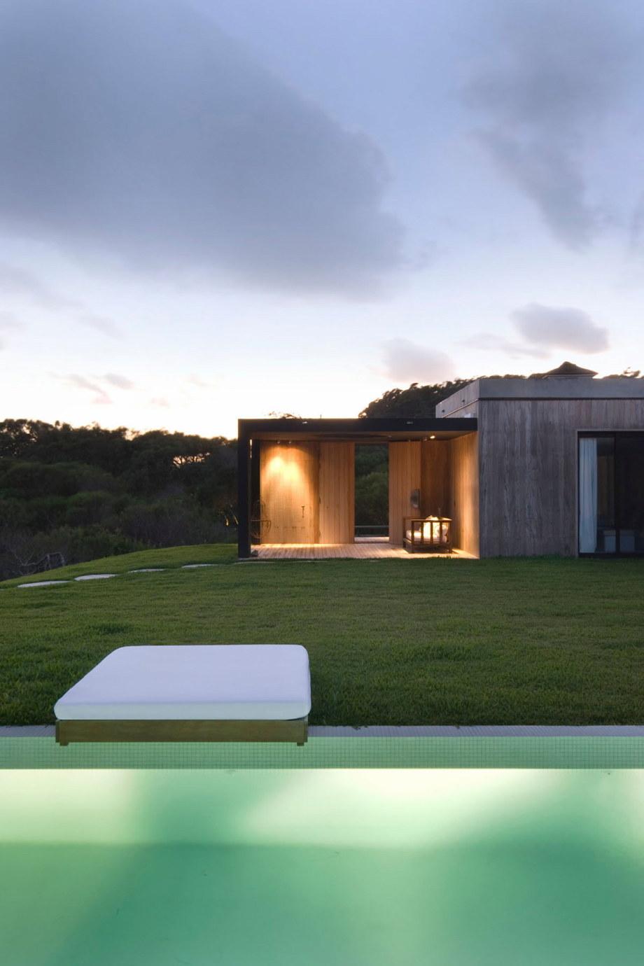 The beach house La Boyita Residence by Martin Gomez Arguitectos, Uruguay 34