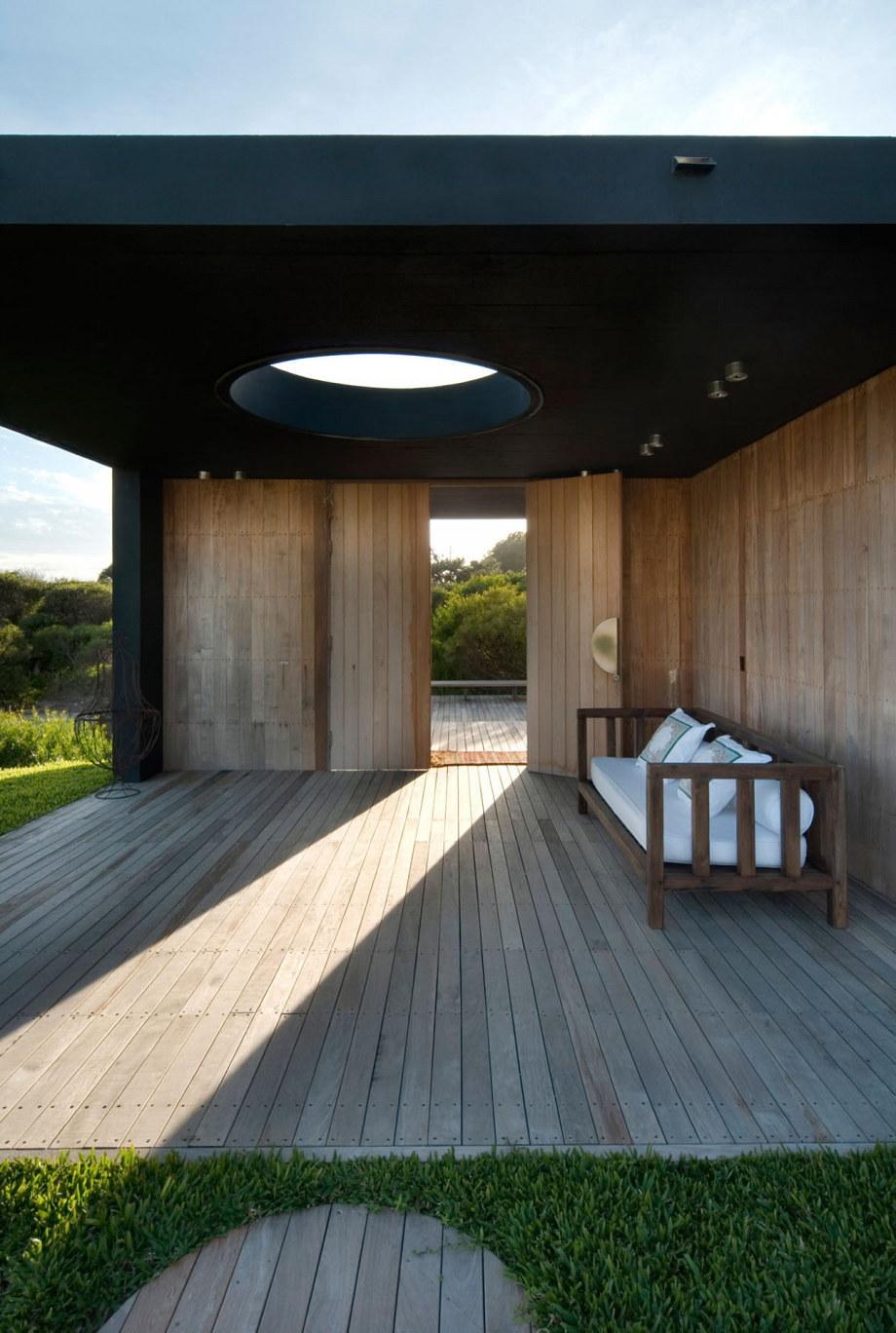 The beach house La Boyita Residence by Martin Gomez Arguitectos, Uruguay 6