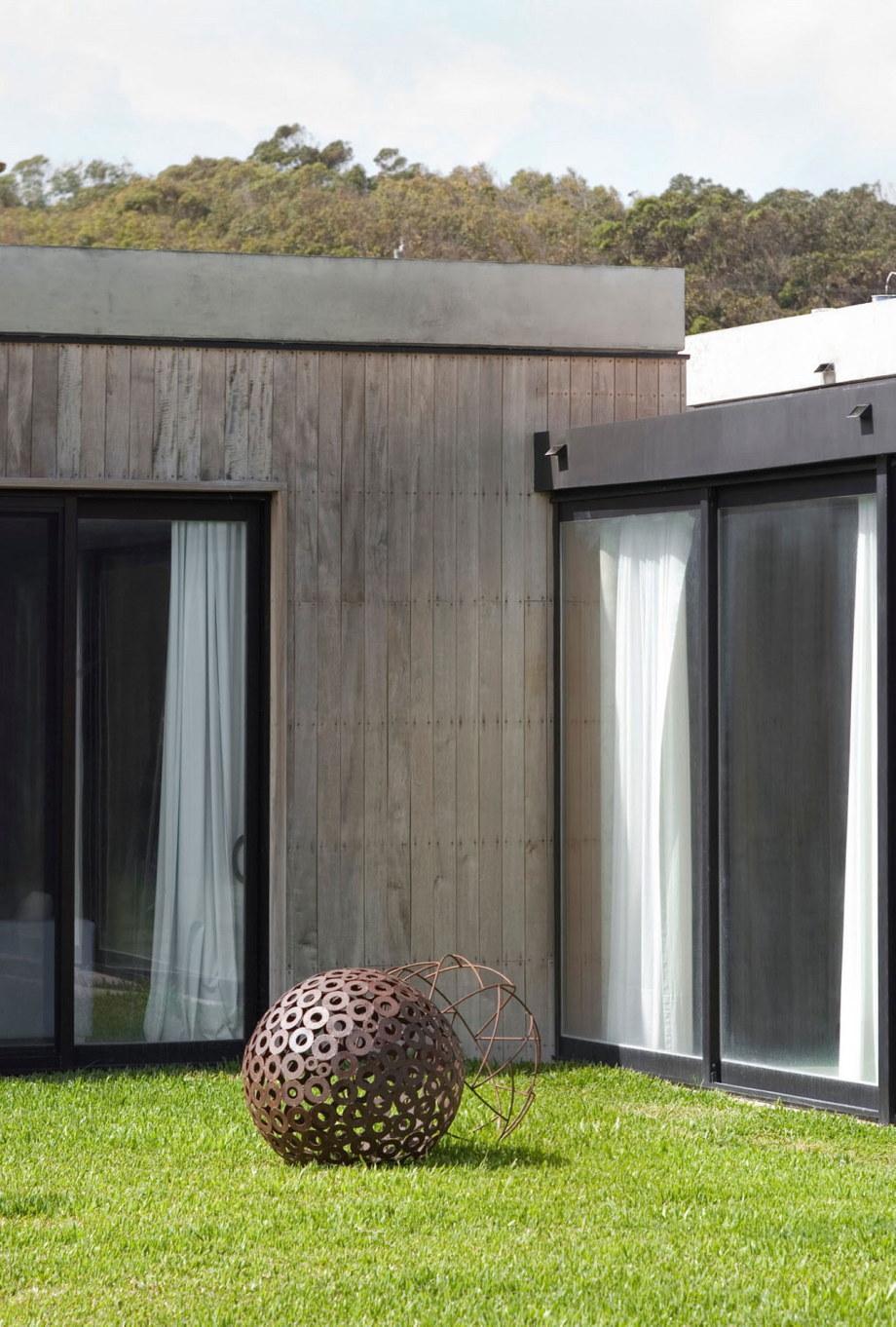 The beach house La Boyita Residence by Martin Gomez Arguitectos, Uruguay 8