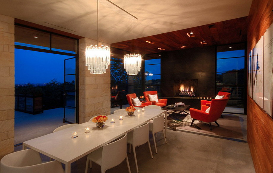 The elegant house in the picturesque hillside in Texas 28