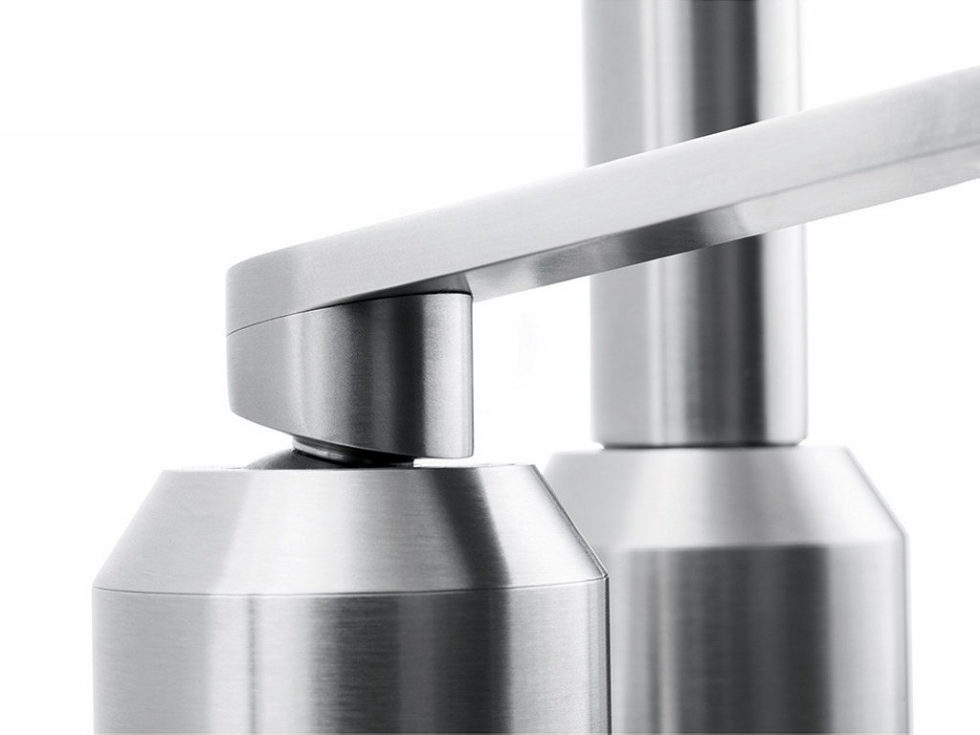 The practical kitchen of stainless steel from Vipp 9