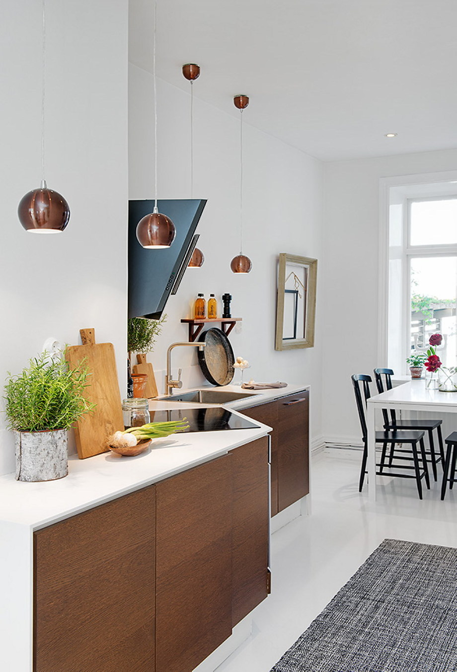 The snow-white three bedroom apartment in Sweden 16